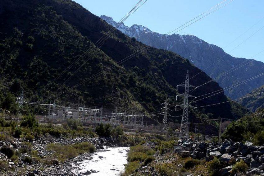 Centrales eólicas, solares y baterías: el ambicioso plan de AES Gener para crecer en Chile