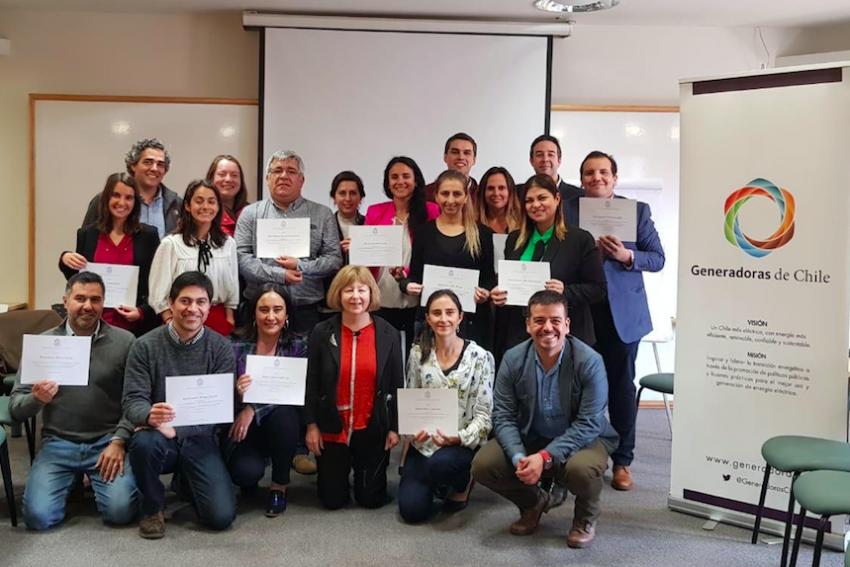 """Generadoras realizó Taller """"El Diálogo como Herramienta de Relacionamiento Comunitario"""", para profesionales de la industria."""