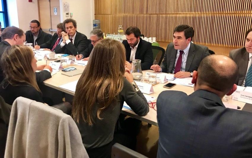 Ministra Jiménez constituye Mesa de Descarbonización Energética con amplia participación de sectores público, privado y sociedad civil