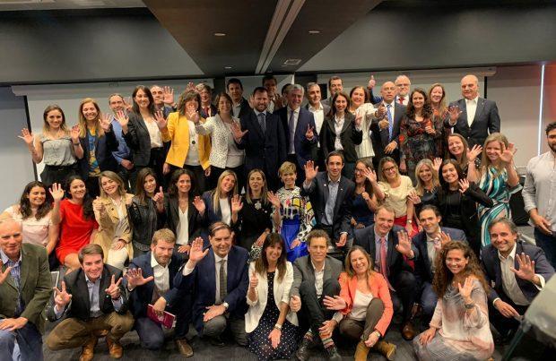 52 actores del sector se comprometen con la iniciativa Energía +Mujer