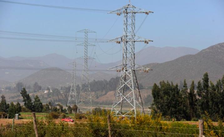 """Claudio Seebach: """"No contar con un corredor de energía como Cardones Polpaico impacta en la eficiencia del sistema eléctrico"""""""