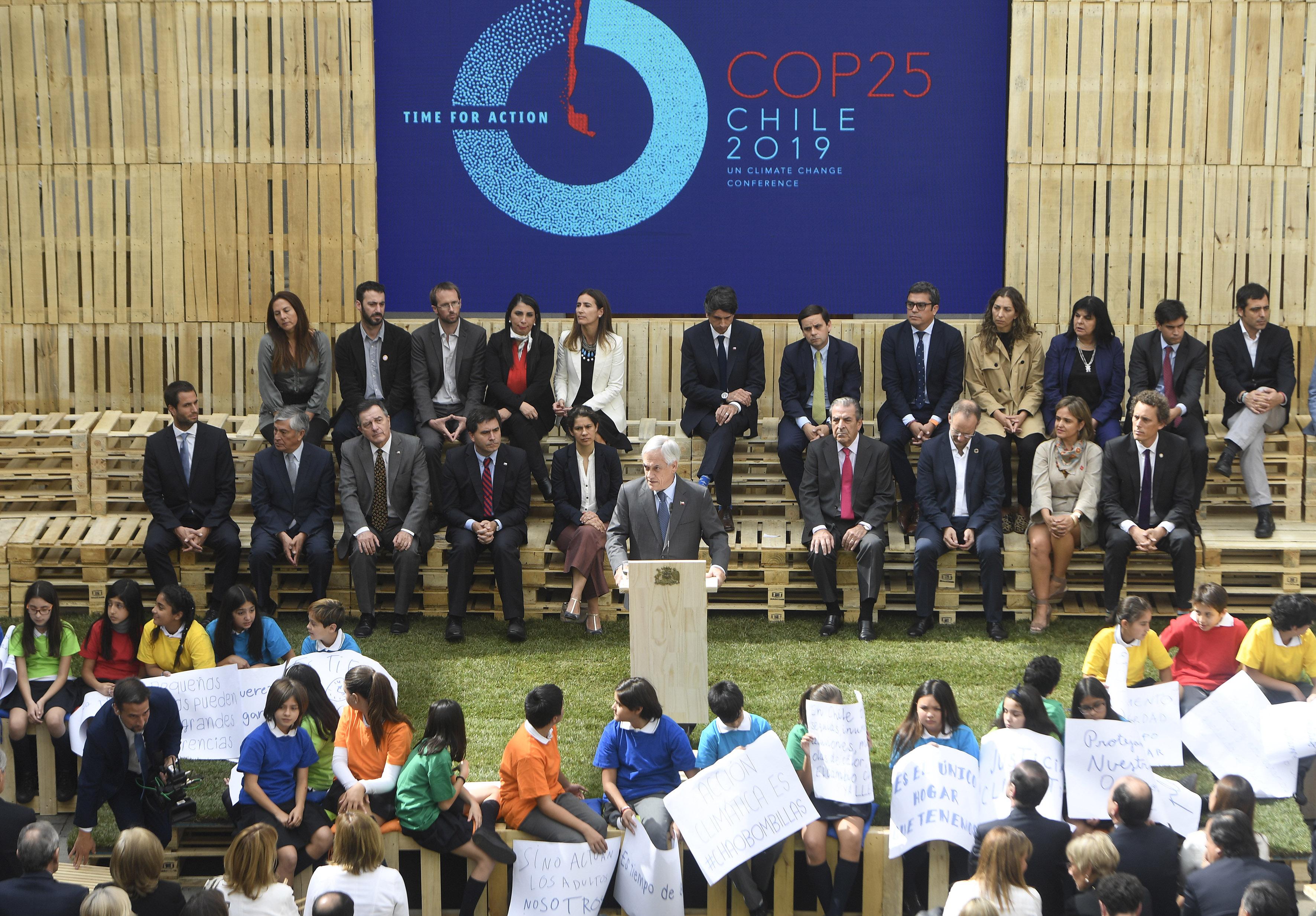Presidente Sebastián Piñera y Ministra Carolina Schmidt lanzan cumbre de cambio climático COP25