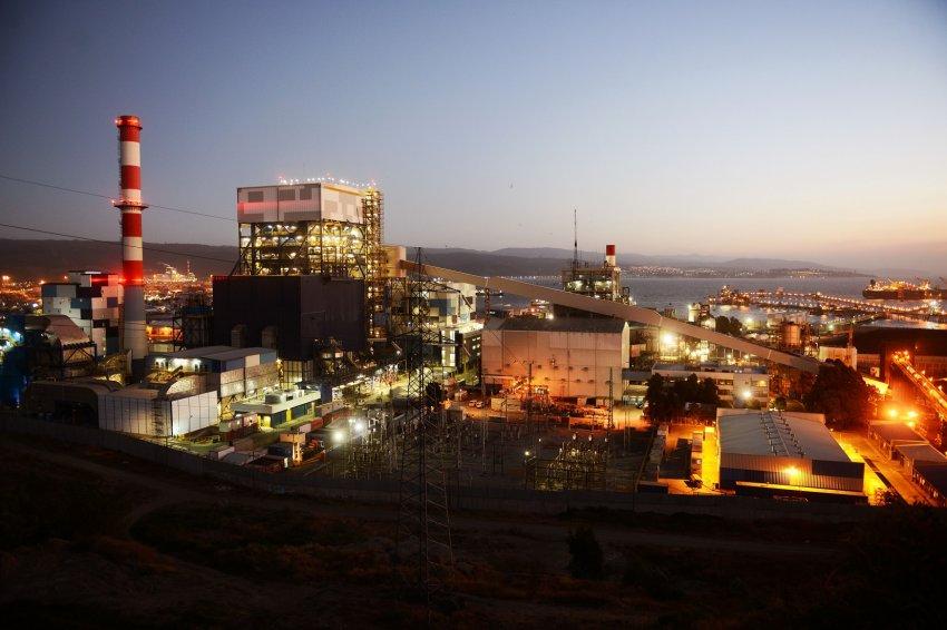 Gobierno y Generadoras anuncian fin de nuevos desarrollos de plantas a carbón